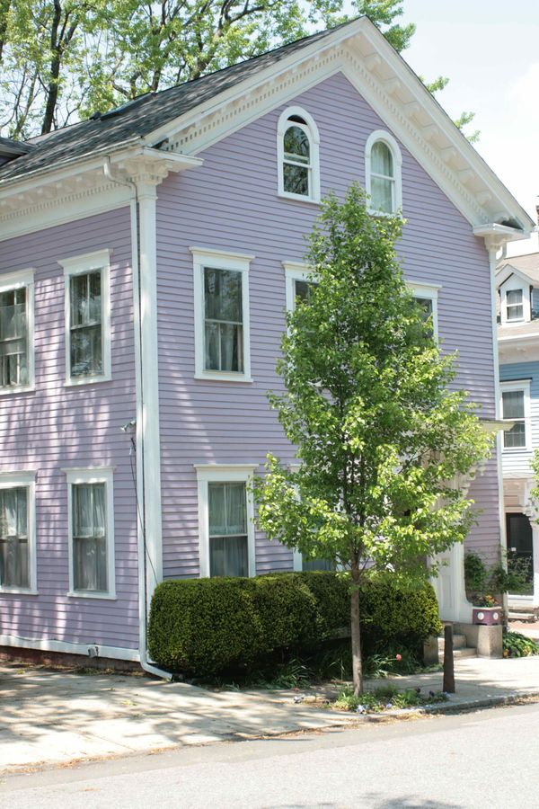 Casapinka purple house - Purple exterior paint image ...
