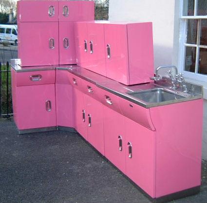 Pinkmetalkitchen