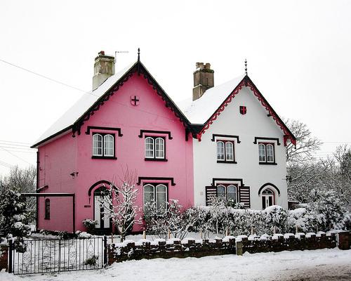 Pinkwhitehouse