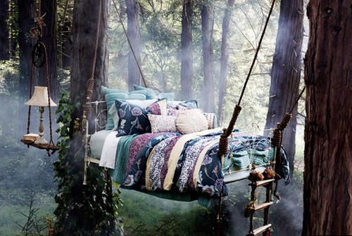I've always wanted a bed outside to sleep under the stars, read a book, sip  some tea.