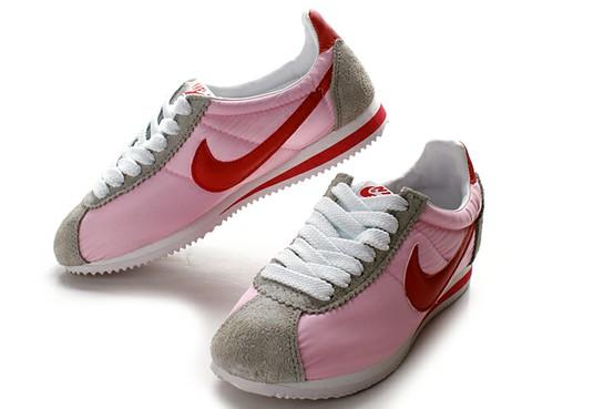 Pinknikes