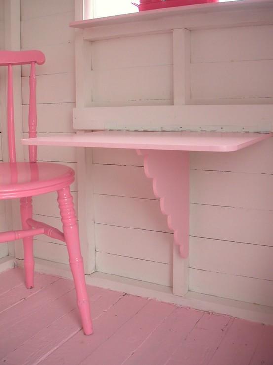 Pinkshelfchair