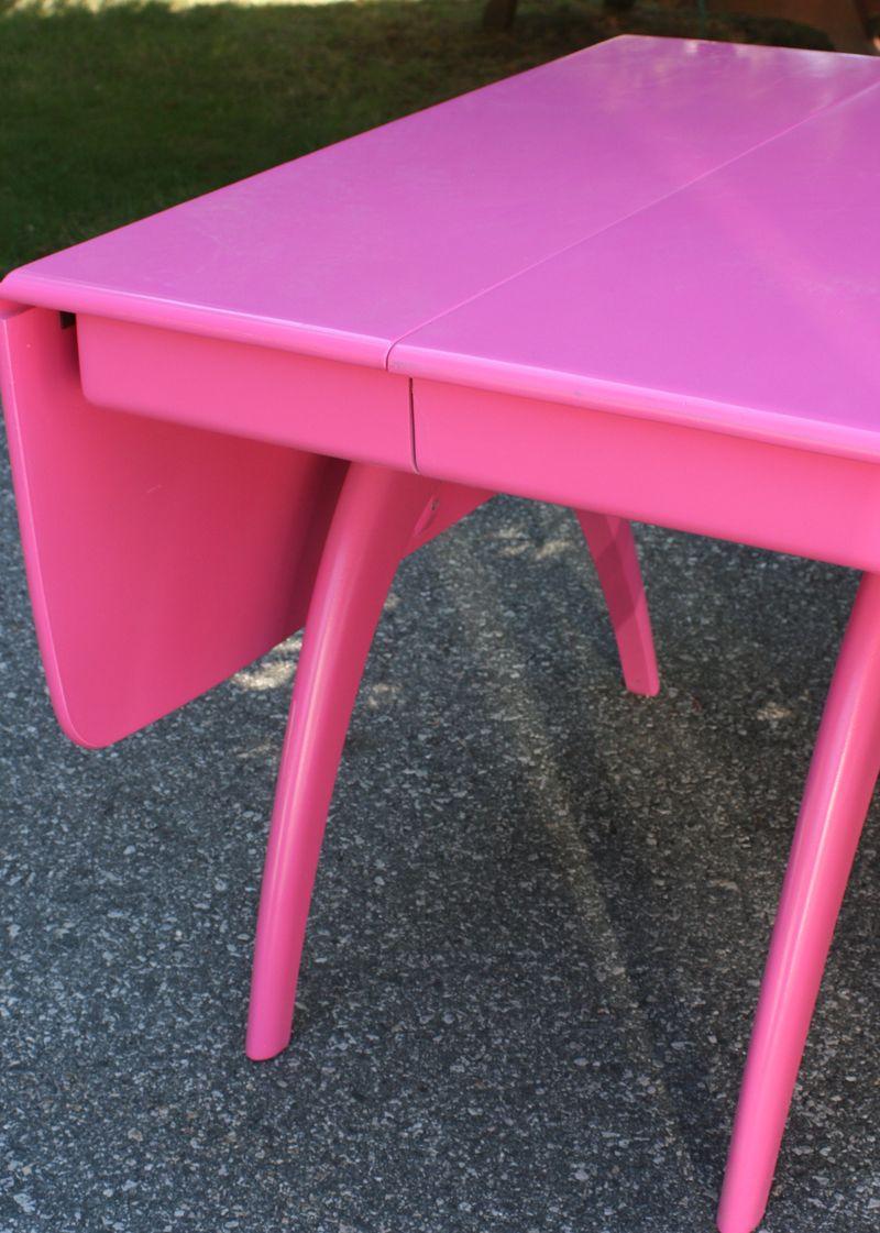 Pinktable